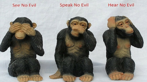 Gandhi three monkeys